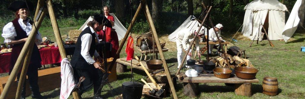 A brûle-pourpoint : camp XVIIIème siècle.